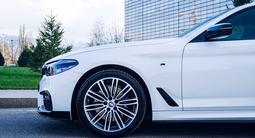 BMW 530 2018 года за 19 900 000 тг. в Алматы – фото 4