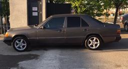 Mercedes-Benz E 230 1988 года за 1 500 000 тг. в Шымкент