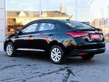Hyundai Accent 2021 года за 8 750 000 тг. в Кызылорда – фото 2
