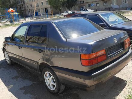 Volkswagen Vento 1994 года за 1 650 000 тг. в Кызылорда – фото 2