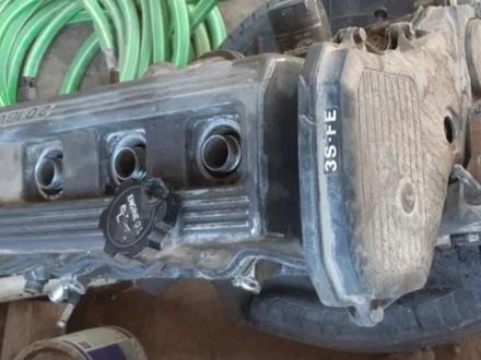 Двигатель тойота карина е объем 2.0 матор стук за 45 000 тг. в Боралдай – фото 3