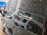 Toyota Land Cruiser Premium 70th Anniversary 2021 года за 59 000 000 тг. в Нур-Султан (Астана) – фото 2