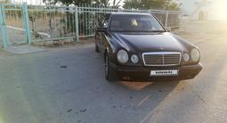 Mercedes-Benz E 320 1997 года за 2 800 000 тг. в Актау – фото 5