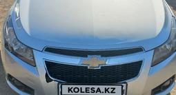 Chevrolet Cruze 2011 года за 3 000 000 тг. в Актобе – фото 2
