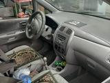 Mazda Premacy 2001 года за 2 000 000 тг. в Алматы – фото 3