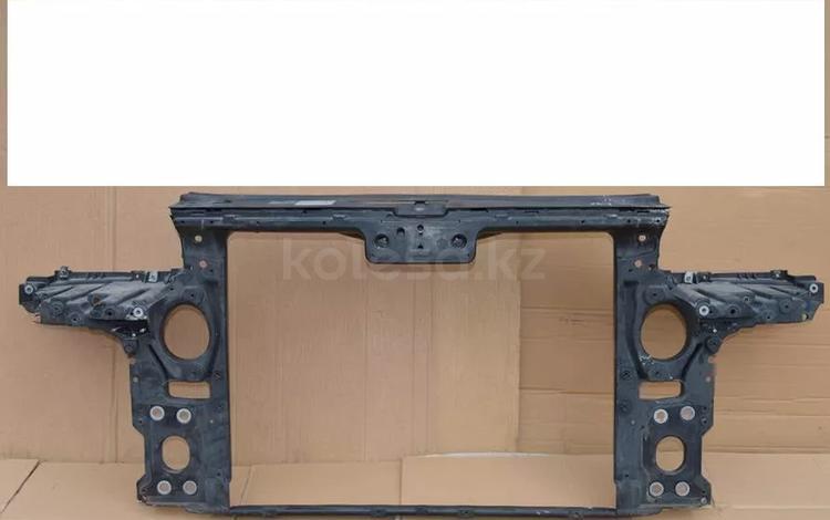 Передняя панель телевизора на volkswagen touareg 2002 за 40 000 тг. в Алматы
