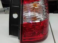 На Nissan Terrano d10 2014 — фонарь задний (оригинал) за 555 тг. в Алматы
