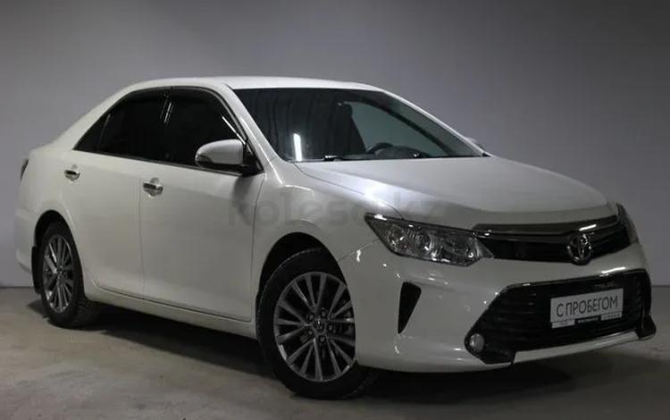 Toyota Camry 2017 года за 9 800 000 тг. в Алматы