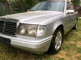 Mercedes-Benz E 300 1991 года за 1 250 000 тг. в Алматы – фото 4