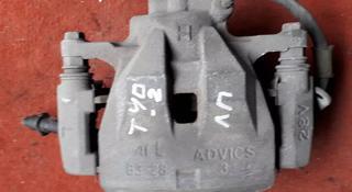 Суппорт тормозной передний левый на Toyota Camry 40, v2.4, 2azfe… за 15 000 тг. в Караганда