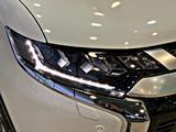 Mitsubishi Outlander 2020 года за 16 790 000 тг. в Алматы – фото 5