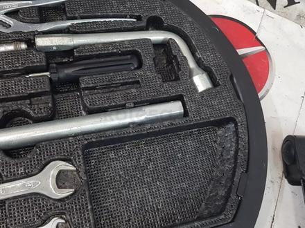 Набор инструментов на Mercedes-Benz w140 за 38 910 тг. в Владивосток – фото 4
