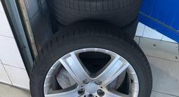 Диски с резинами 255/45/20 резина Michelin лето! за 280 000 тг. в Тараз