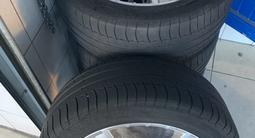 Диски с резинами 255/45/20 резина Michelin лето! за 280 000 тг. в Тараз – фото 2