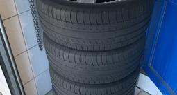 Диски с резинами 255/45/20 резина Michelin лето! за 350 000 тг. в Тараз – фото 5