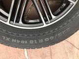 Диски черные Toyota оригинал вместе с резиной за 155 000 тг. в Алматы – фото 4