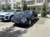 Mercedes-Benz E 220 1995 года за 1 900 000 тг. в Алматы
