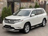 Toyota Highlander 2011 года за 16 900 000 тг. в Алматы