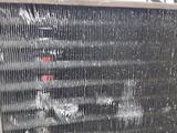 Радиатор кондиционера Mercedes-Benz SL450 w107 за 60 649 тг. в Владивосток – фото 3