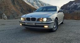BMW 525 2000 года за 3 500 000 тг. в Актобе – фото 2