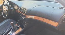 BMW 523 1997 года за 2 700 000 тг. в Петропавловск – фото 4
