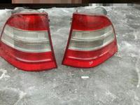На Мерседес W 163 ML задние фонари за 30 000 тг. в Алматы
