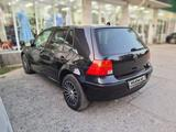 Volkswagen Golf 2000 года за 2 500 000 тг. в Шымкент