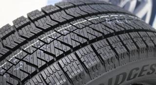 Bridgestone 235/45R18 Blizzak ICE за 89 000 тг. в Алматы
