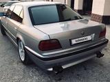 BMW 750 1996 года за 2 700 000 тг. в Жанаозен – фото 2