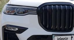 BMW X7 2021 года за 53 000 000 тг. в Алматы