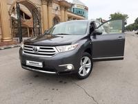 Toyota Highlander 2013 года за 14 700 000 тг. в Алматы