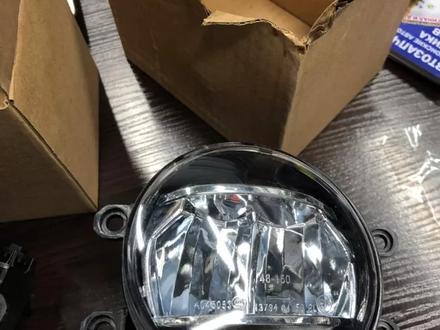 Противотуманная фара LED (ПТФ, противотуманка) Toyota, Lexus за 20 000 тг. в Алматы – фото 4
