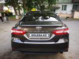 Toyota Camry 2018 года за 13 900 000 тг. в Павлодар – фото 5