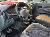 Renault Scenic 1998 года за 1 300 000 тг. в Актау – фото 2