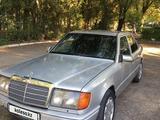 Mercedes-Benz E 230 1991 года за 1 100 000 тг. в Талдыкорган