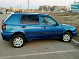 Volkswagen Golf 1995 года за 950 000 тг. в Нур-Султан (Астана) – фото 3