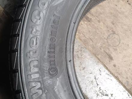 Пару всесезонные шины размер 235 65 17 Continental за 15 000 тг. в Алматы – фото 2