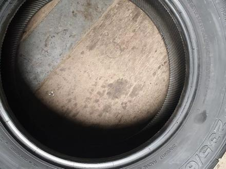 Пару всесезонные шины размер 235 65 17 Continental за 15 000 тг. в Алматы – фото 4