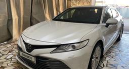 Toyota Camry 2019 года за 13 800 000 тг. в Уральск