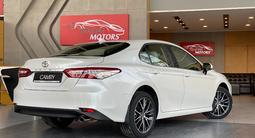 Toyota Camry 2021 года за 17 440 000 тг. в Алматы – фото 4