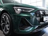 Audi e-tron 55 Quattro 2021 года за 58 400 000 тг. в Алматы – фото 2
