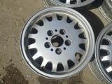 Оригинальные легкосплавные диски R15, стиль 6, на BMW 3 (Германия за 55 000 тг. в Нур-Султан (Астана) – фото 3
