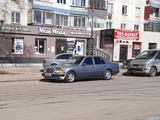 Mercedes-Benz E 260 1991 года за 1 250 000 тг. в Павлодар