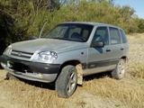 Chevrolet Niva 2006 года за 1 450 000 тг. в Шымкент – фото 2