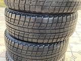 215/65/16 Bridgestone зимние за 55 000 тг. в Алматы