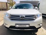 Toyota Highlander 2013 года за 11 000 000 тг. в Усть-Каменогорск