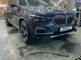 BMW X5 2018 года за 35 000 000 тг. в Нур-Султан (Астана) – фото 3