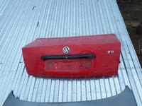 Крышка багажника на пассат б5 за 10 000 тг. в Уральск
