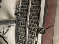 Решетка в бампер на таурег 07-09 за 6 000 тг. в Алматы