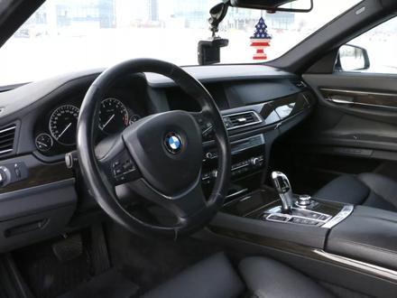 BMW 750 2010 года за 10 000 000 тг. в Алматы – фото 7